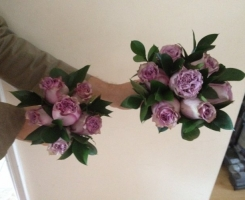 lilac-rose-handtied