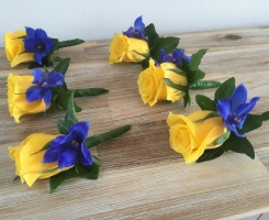 Yellow Rose Buttonholes