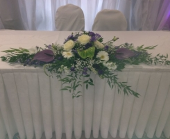 purple-green-top-table