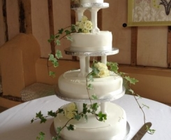 cake-trailing-display
