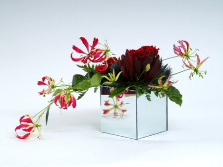 Mirrored Cube Vases -