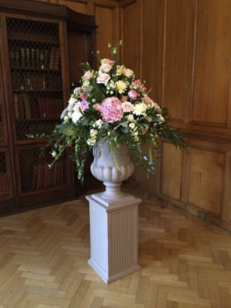 Stone effect Urns -