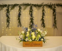 Farbrige Ceremony table