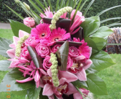 mixed-pink-bouquet