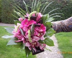 mixed-pink-handtied-bouquet
