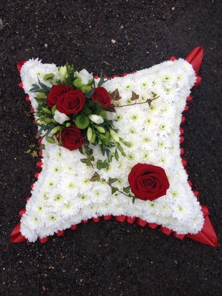 Cushion with Red Roses -